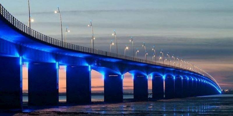 la-gratuite-du-pont-d-oleron-fait-debat_2403829_800x400