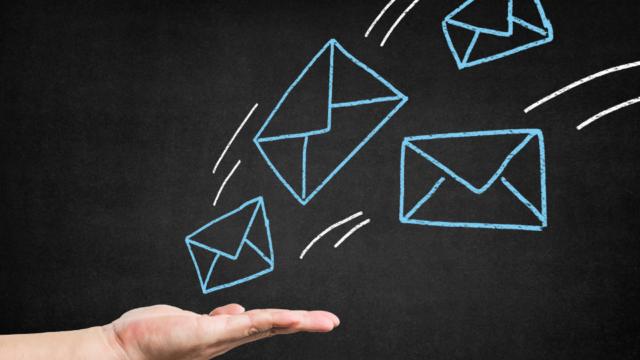 envoie e-mails